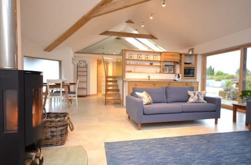 Last Minute Cottages - Lovely Bristol Barn S90512