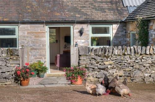 Last Minute Cottages - Delightful Leek Cottage S73264