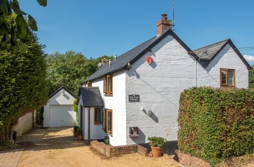 Last Minute Cottages - Delightful Lymington Cottage S70718