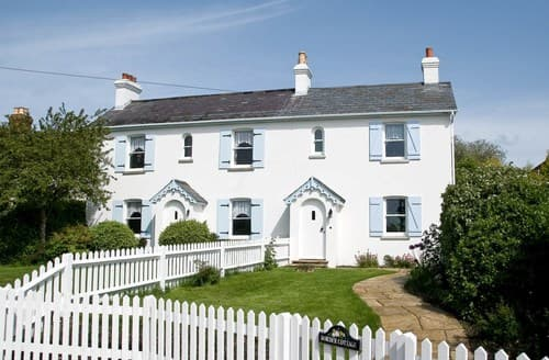 Last Minute Cottages - Charming Sway Cottage S70721