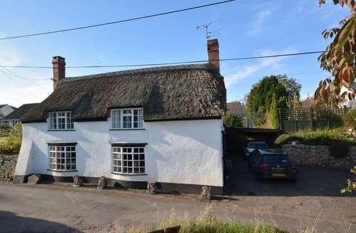 Last Minute Cottages - Luxury Taunton Cottage S70600