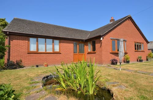 Last Minute Cottages - Splendid Chester Bungalow S12556