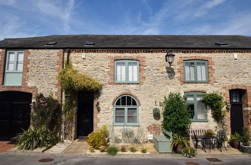 Last Minute Cottages - Stunning Dorchester House S80840