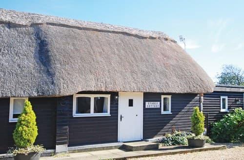 Last Minute Cottages - FCH60973