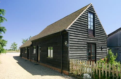 Last Minute Cottages - Inviting Abingdon Barn S77372