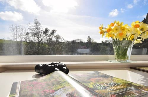 Last Minute Cottages - Delightful Barnstaple Apartment S7444