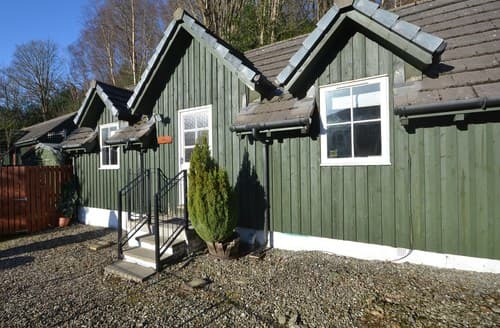 Last Minute Cottages - FCH56769