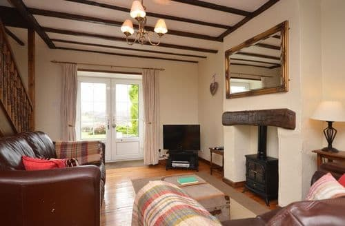 Last Minute Cottages - Attractive Conwy Cottage S25915
