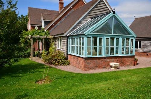Last Minute Cottages - Exquisite Blandford Forum Wing S40519