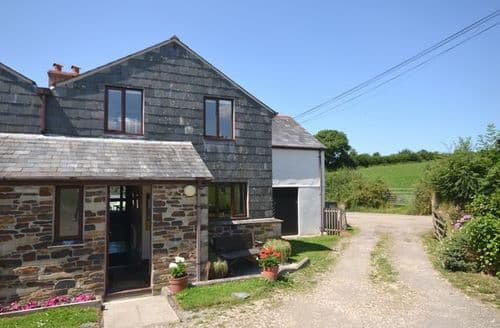 Last Minute Cottages - Tasteful Callington Barn S7511