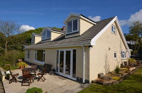 Big Cottages - Exquisite Narberth Bungalow S81093