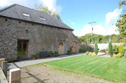 Last Minute Cottages - Inviting Winkleigh Barn S8692