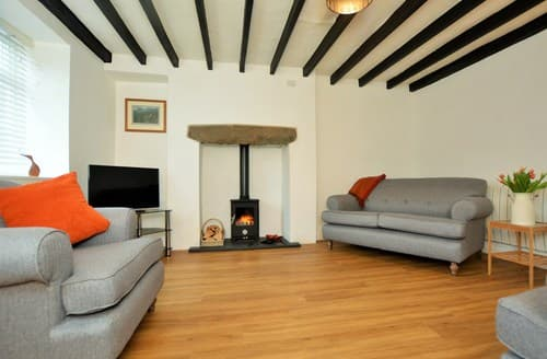 Last Minute Cottages - Beautiful Pwllheli Cottage S97170