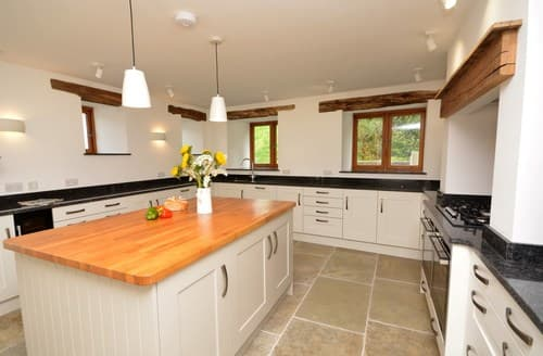 Last Minute Cottages - Inviting Braunton Barn S122348