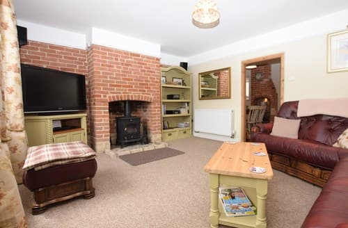 Last Minute Cottages - Delightful Stowmarket Cottage S37849
