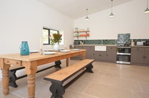 Last Minute Cottages - Inviting Abergavenny Barn S87868