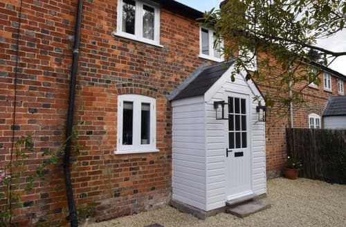 Last Minute Cottages - Inviting Marlborough Cottage S121476