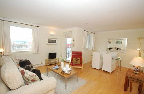 Last Minute Cottages - Wonderful Edinburgh Apartment S7292