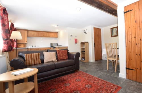 Last Minute Cottages - Charming Llanidloes Barn S70727