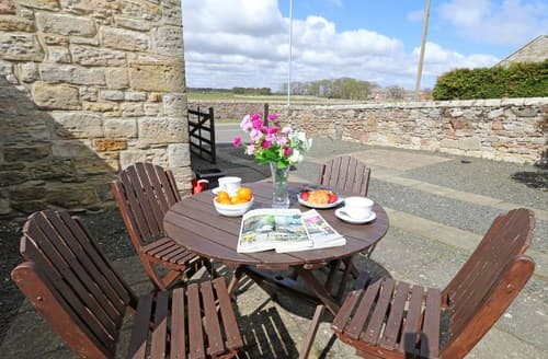 Last Minute Cottages - Luxury Alnwick Cottage S98803