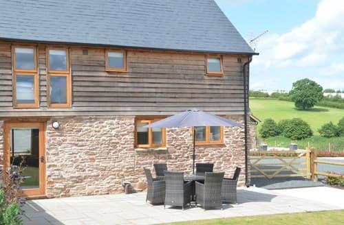 Last Minute Cottages - Excellent Bromyard Barn S79294