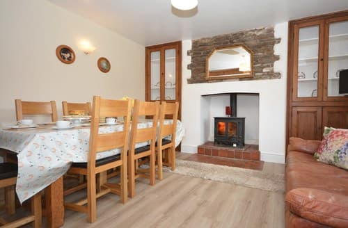 Big Cottages - Cosy Crickhowell Cottage S9042