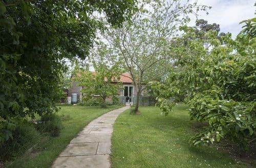 Last Minute Cottages - FCH63837