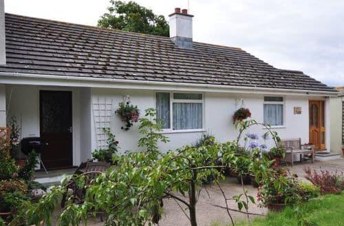 Last Minute Cottages - Excellent Bideford Bungalow S7871