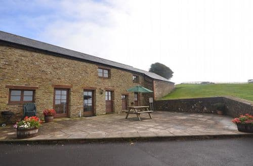 Big Cottages - Luxury Plymouth House S8274