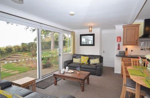 Last Minute Cottages - Excellent Minehead Bungalow S13405