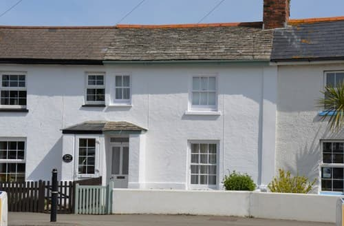 Last Minute Cottages - Exquisite Bude House S8836