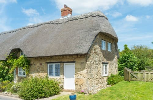 Last Minute Cottages - Attractive Whitwell Cottage S101491