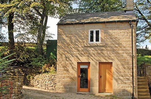 Last Minute Cottages - Exquisite Castleton Cottage S59355