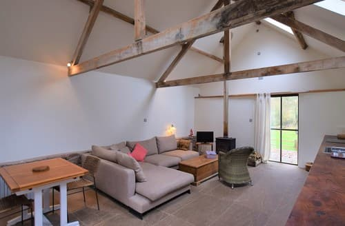 Last Minute Cottages - Superb Coreley Cottage S84400