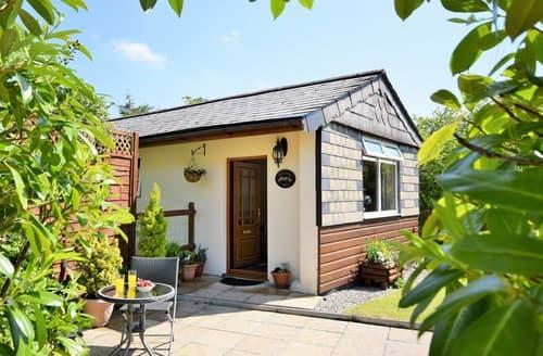 Last Minute Cottages - Beautiful Launceston Cottage S8264