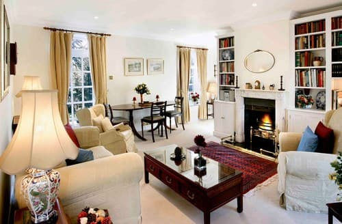 Last Minute Cottages - Inviting Cheltenham Cottage S77333