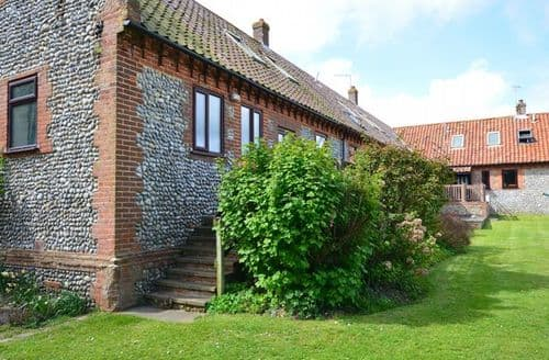 Last Minute Cottages - Stunning Holt Cottage S7563