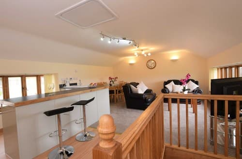 Last Minute Cottages - Luxury Axminster Barn S60155