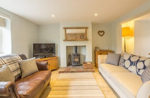 Last Minute Cottages - Charming Titchwell Cottage S114626
