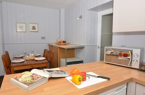 Dog Friendly Cottages - Quaint Keswick Cottage S13003