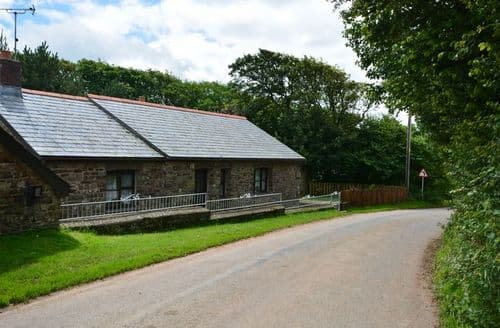 Last Minute Cottages - Gorgeous Bideford Barn S7814