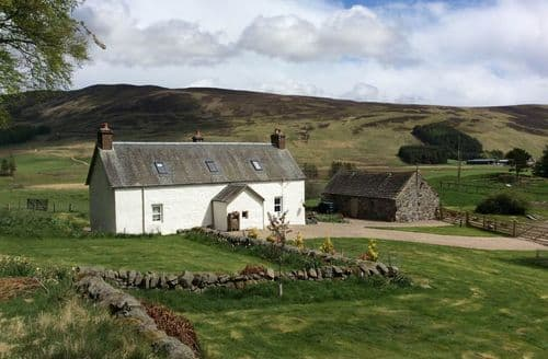 Last Minute Cottages - Beautiful Kirriemuir Cottage S42477