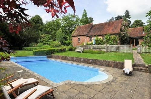 Last Minute Cottages - Stunning Etchingham House S9365