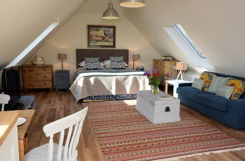 Last Minute Cottages - Superb Cranbrook Apartment S95192