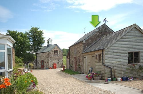 Last Minute Cottages - Gorgeous Yelverton Barn S8172