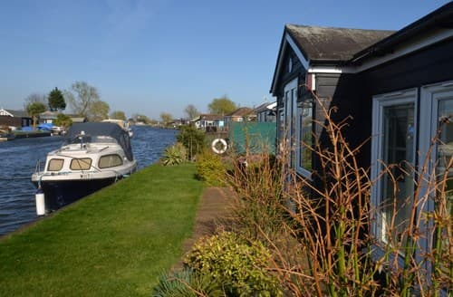 Last Minute Cottages - Captivating Great Yarmouth Cottage S79252