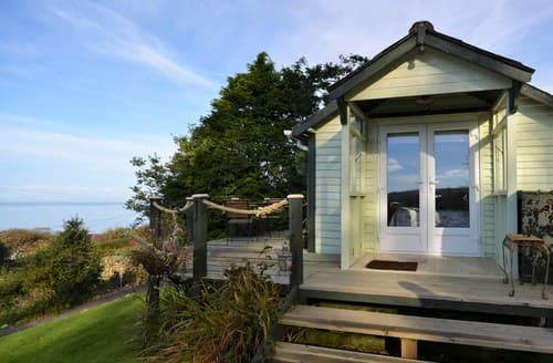 Last Minute Cottages - Lovely Llwyngwril Log Cabin S78365