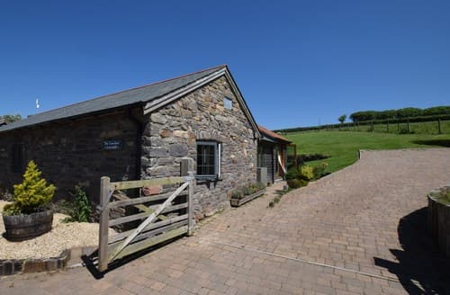 Last Minute Cottages - Luxury Barnstaple Barn S7295