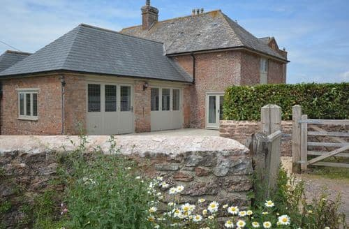 Last Minute Cottages - Attractive Taunton Barn S37846