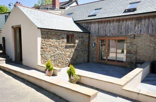 Last Minute Cottages - Luxury Bideford Barn S8267